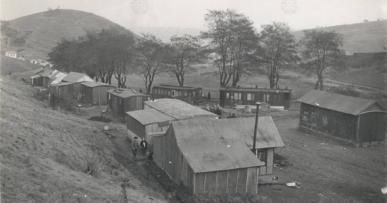 nouzova-kolonie-hlinik-domy