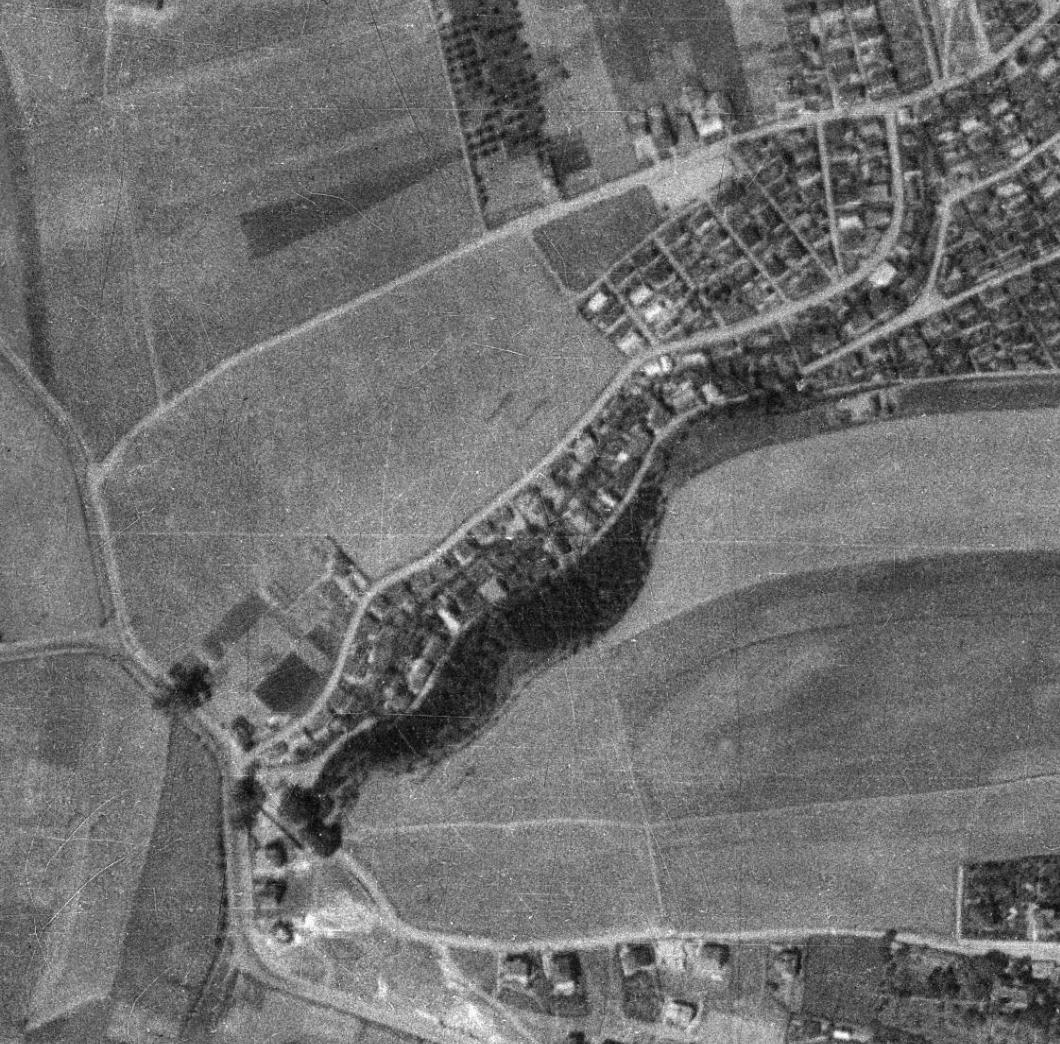 nouzova-kolonie-pod-lesikem-letecky-snimek-1938
