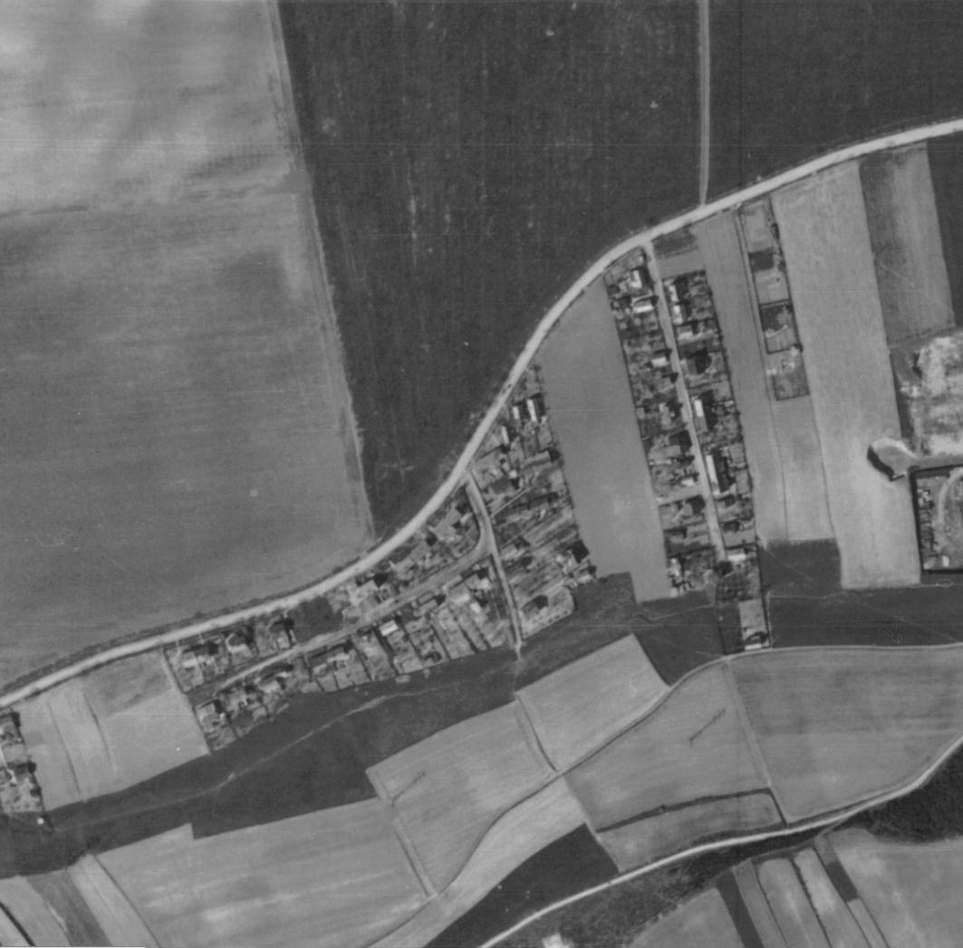 nouzova-kolonie-na-kosiku-letecky-snimek-1945