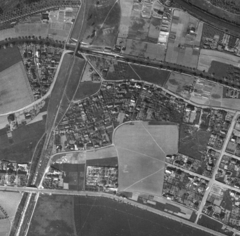 nouzova-kolonie-za-mostem-letecky-snimek-1945