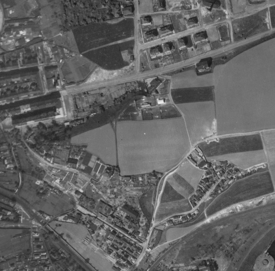 nouzova-kolonie-labutka-letecky-snimek-1945