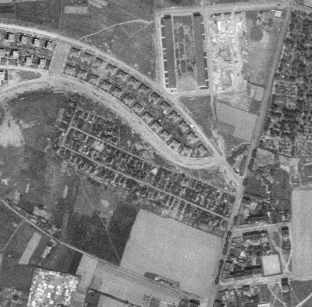 nouzova-kolonie-na-dlouhe-ceste-letecky-snimek-1953