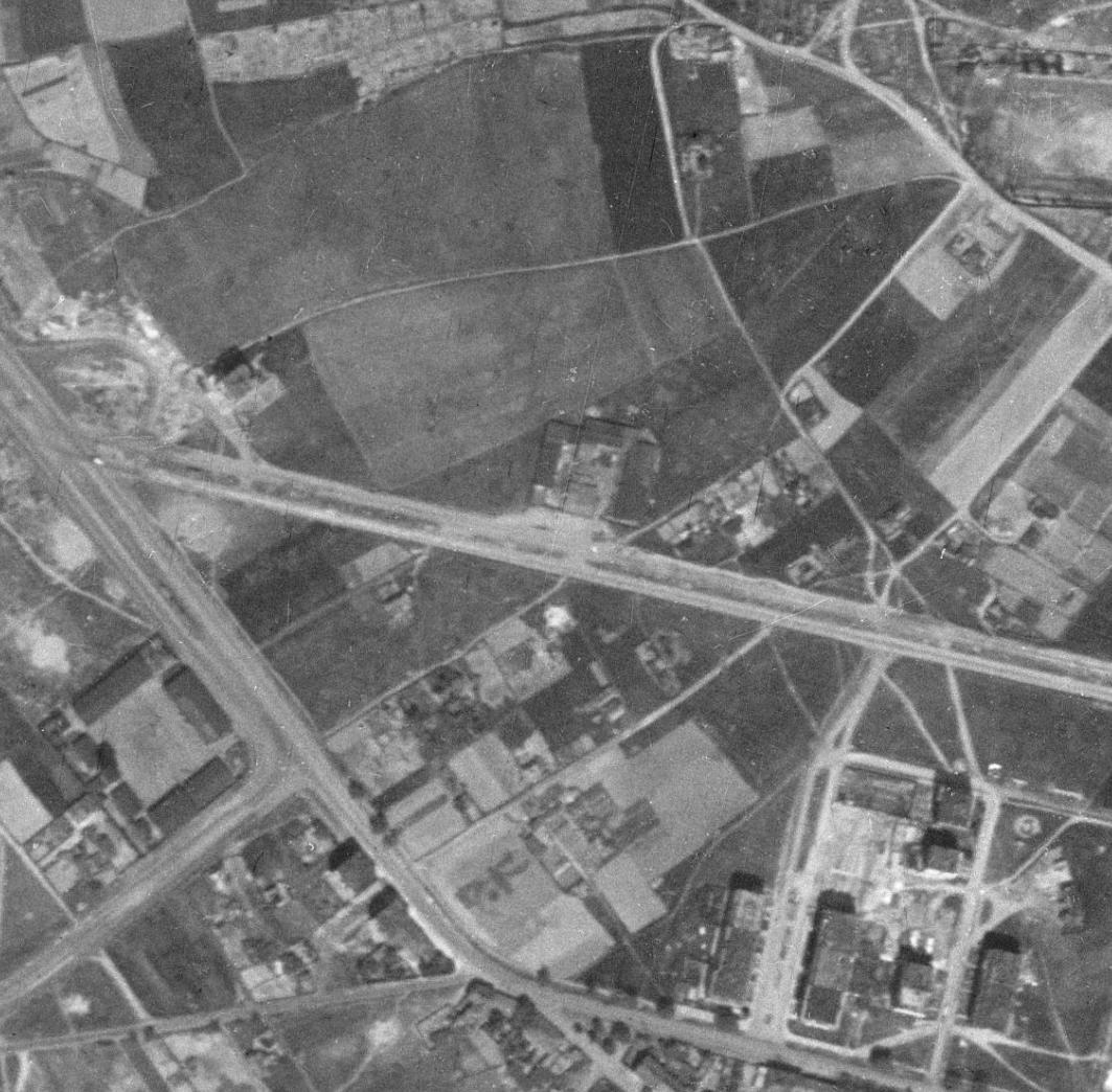 nouzova-kolonie-na-kopecku-letecky-snimek-1953