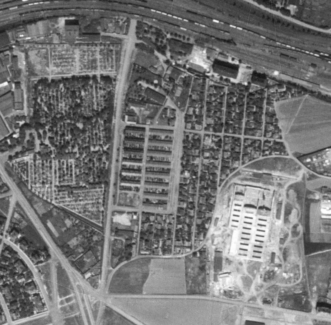 nouzova-kolonie-pod-bohdalcem-letecky-snimek-1953