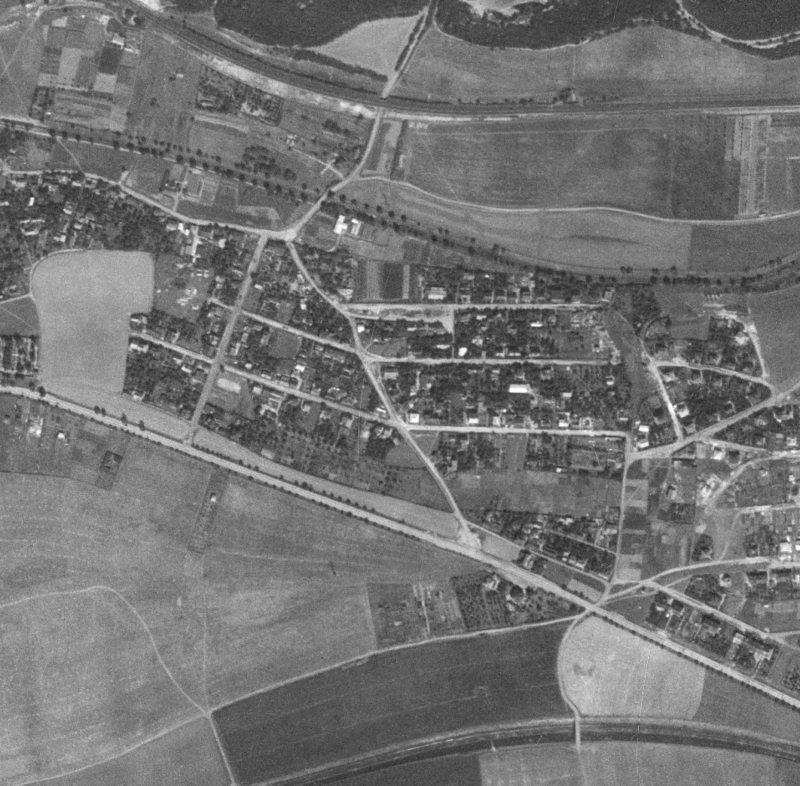 nouzova-kolonie-za-horou-letecky-snimek-1953