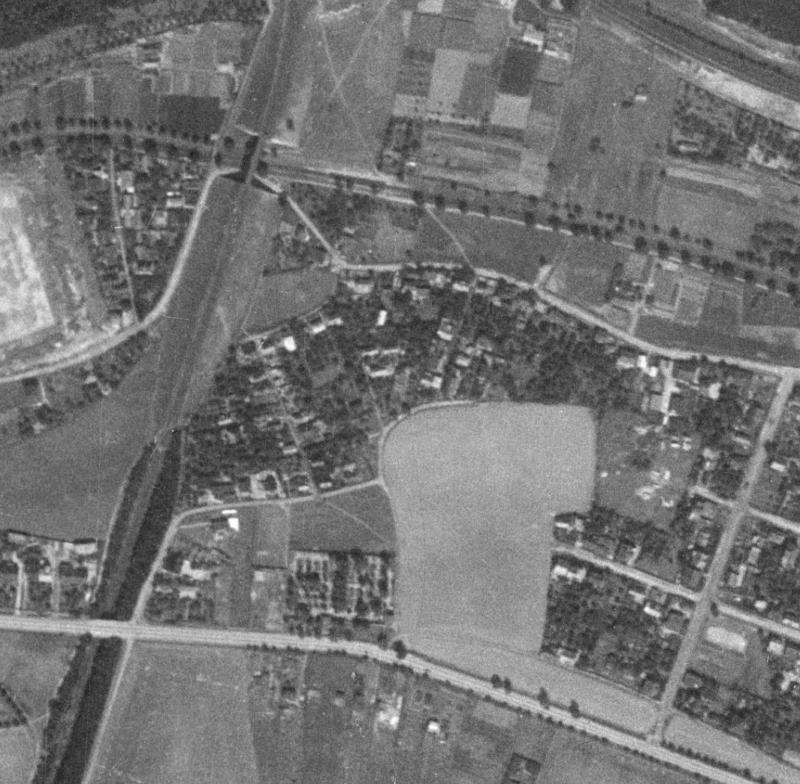 nouzova-kolonie-za-mostem-letecky-snimek-1953