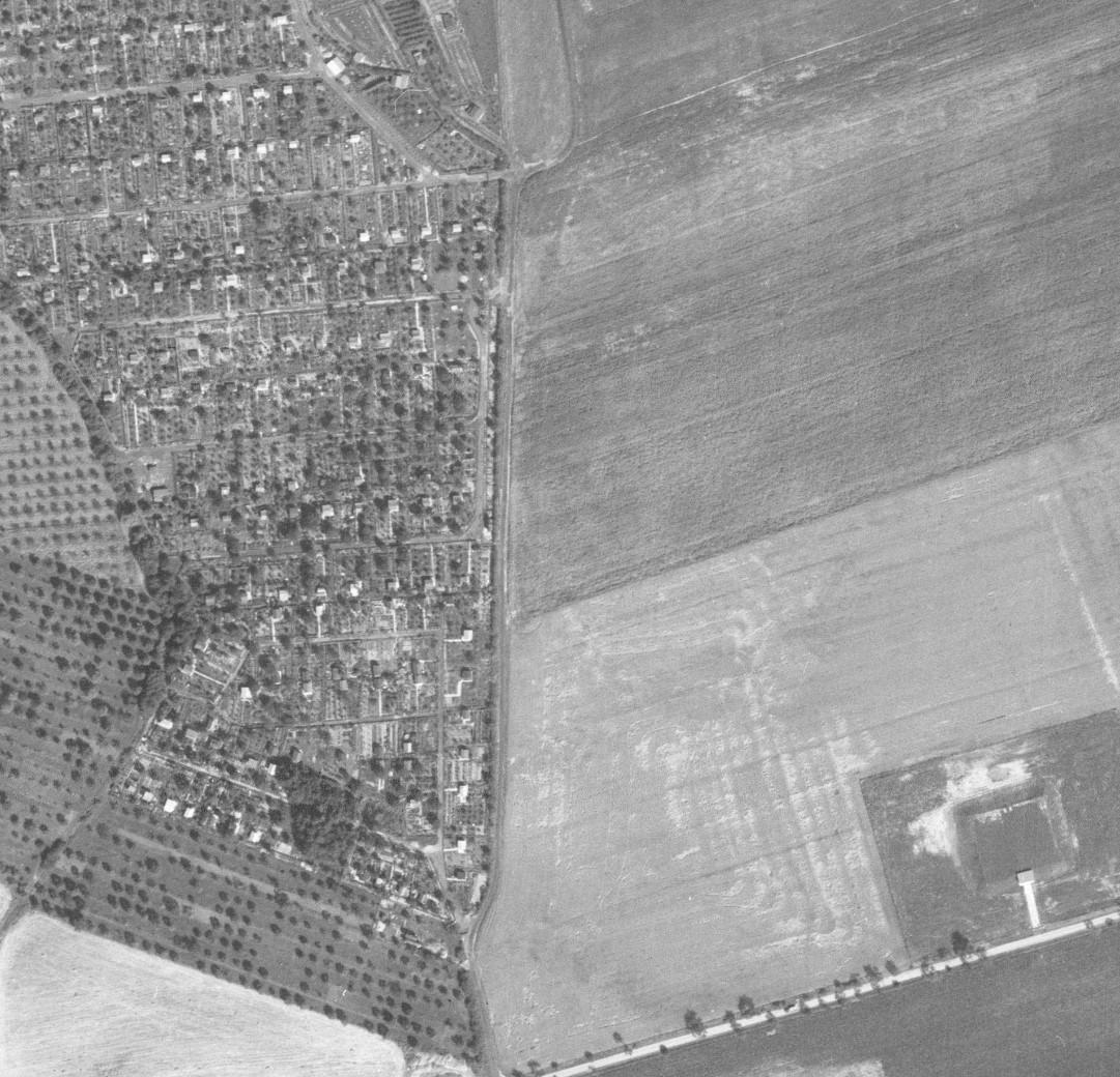 planovana-kolonie-v-chodove-letecky-snimek-1966