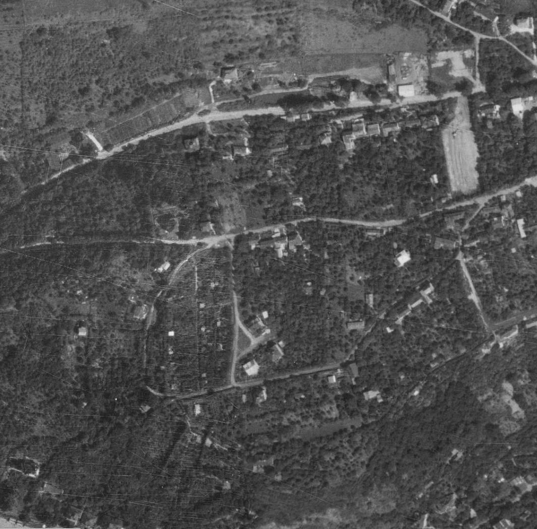 nouzova-kolonie-na-dlazdence-letecky-snimek-1975