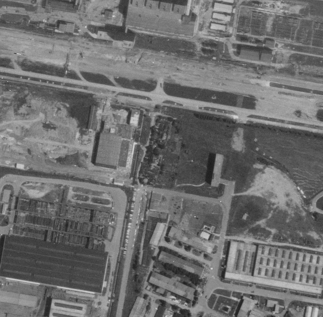 nouzova-kolonie-u-obecni-cihelny-letecky-snimek-1975