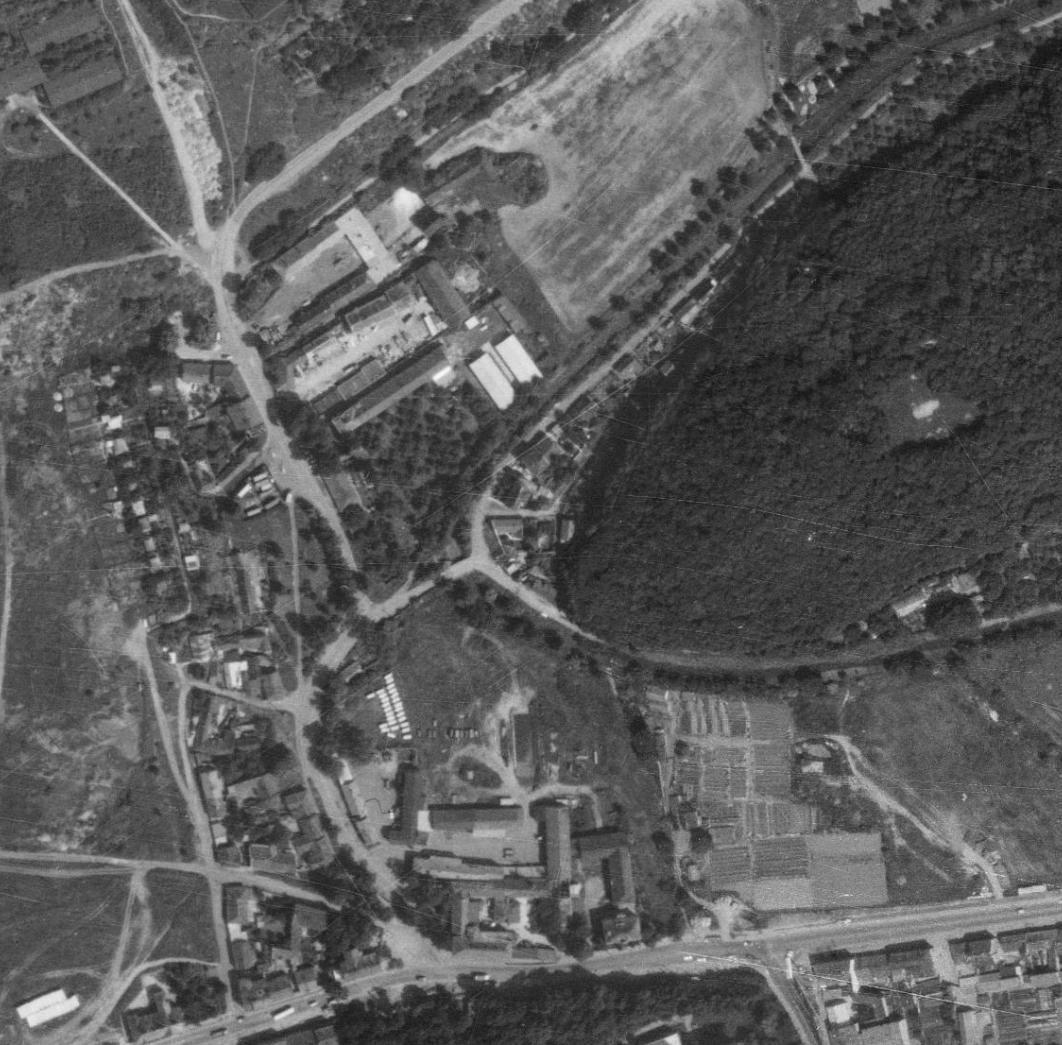 nouzova-kolonie-v-piskovne-letecky-snimek-1975