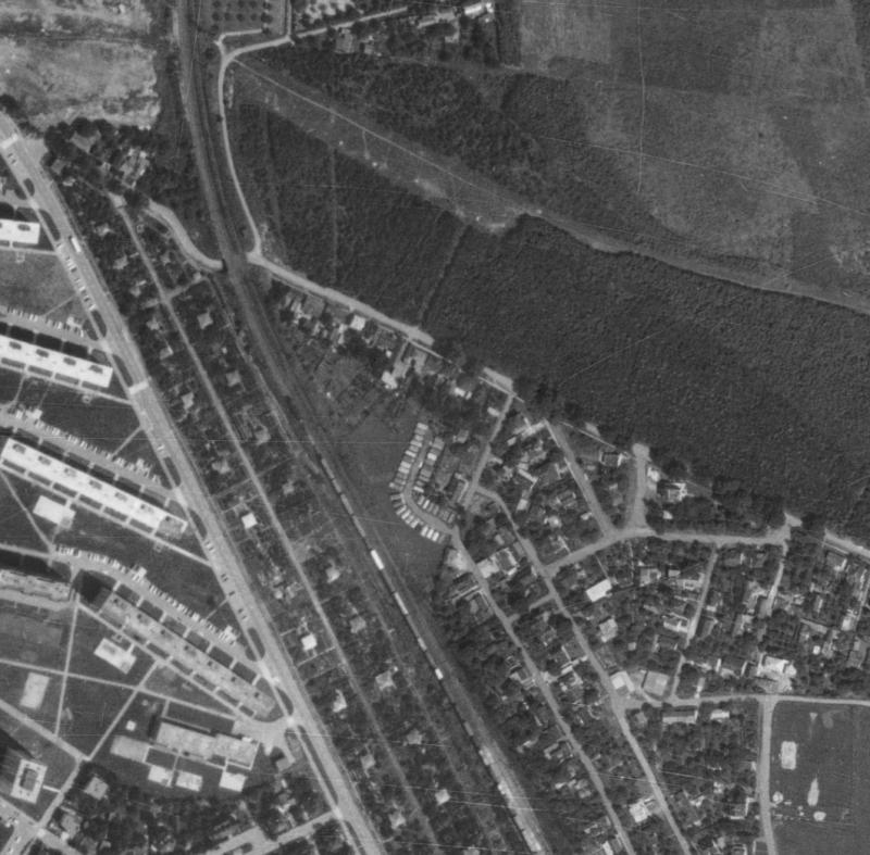 nouzova-kolonie-za-drahou-letecky-snimek-1975