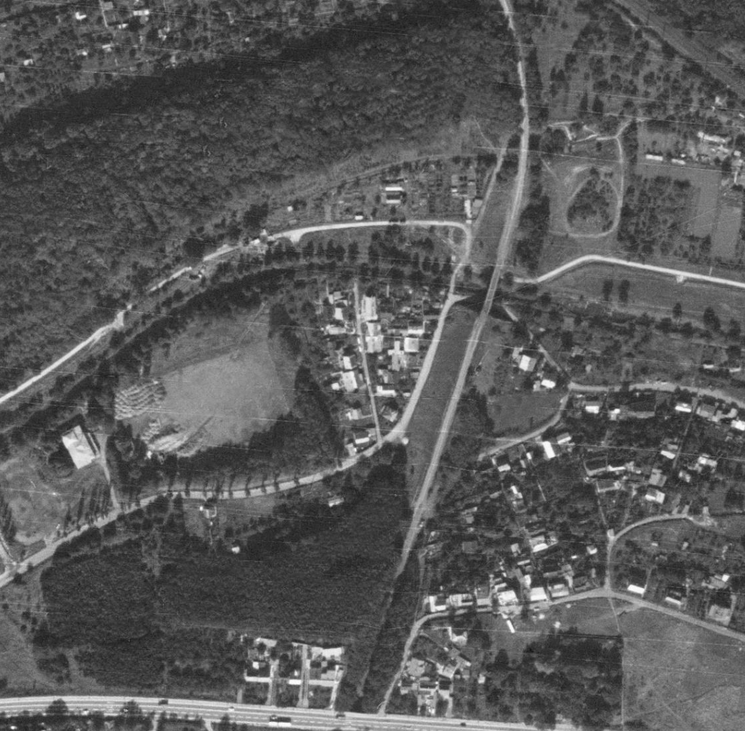 nouzova-kolonie-pred-mostem-letecky-snimek-1988
