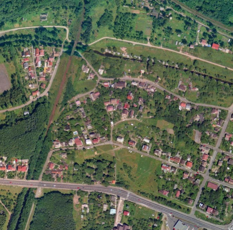 nouzova-kolonie-za-mostem-letecky-snimek-1996