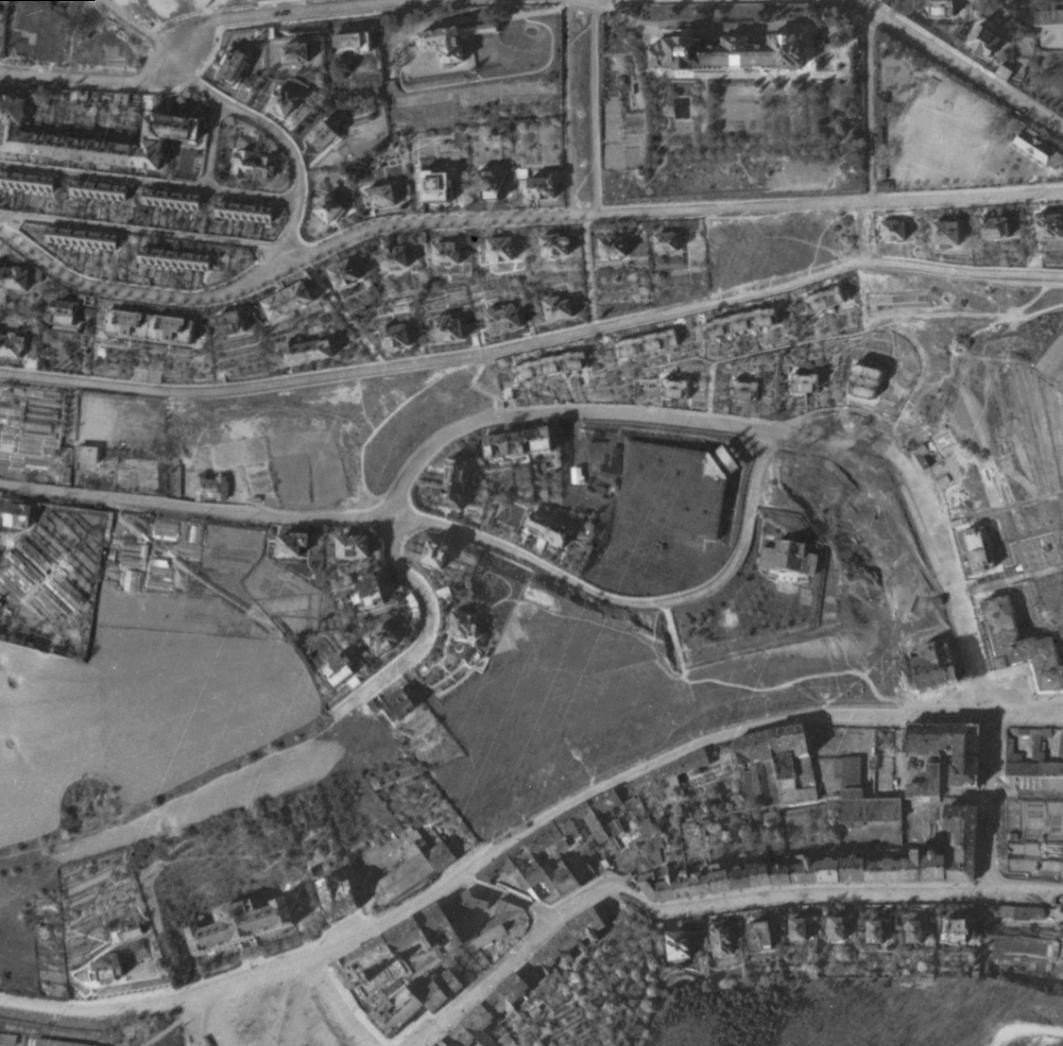 malvazinky-letecky-snimek-1945