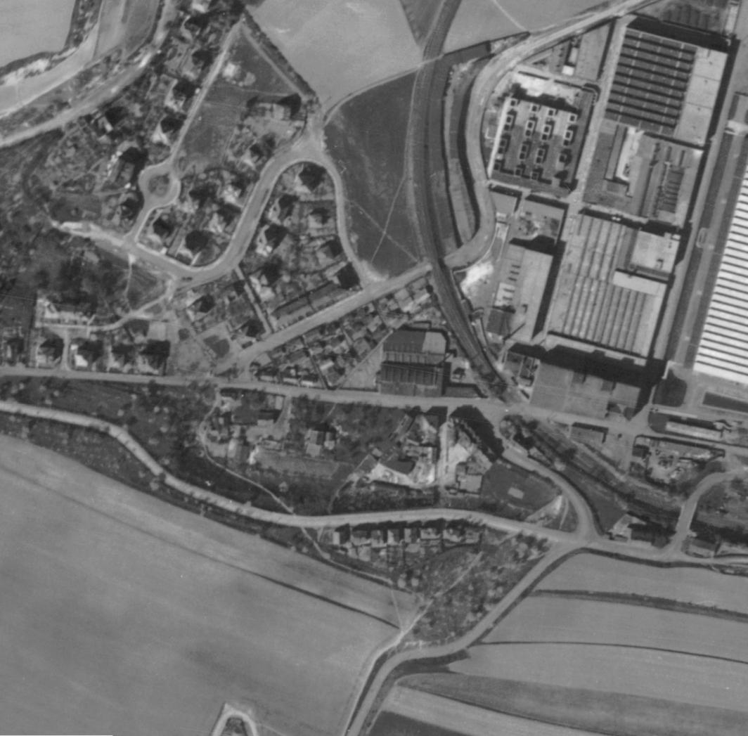 nouzova-kolonie-u-tresorie-letecky-snimek-1945