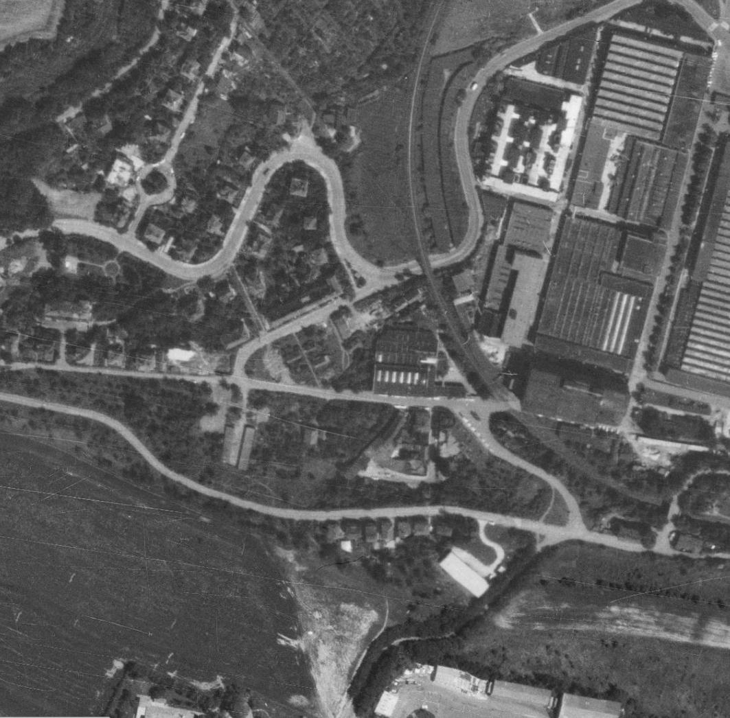 nouzova-kolonie-u-tresorie-letecky-snimek-1975