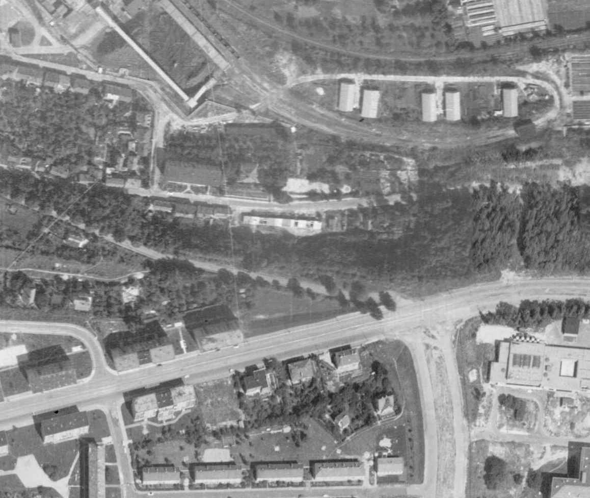 nouzova-kolonie-piskovna-veleslavin-letecky-snimek-1966