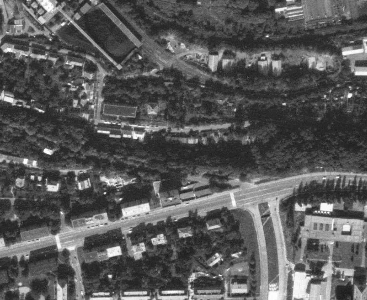 nouzova-kolonie-piskovna-veleslavin-letecky-snimek-1988