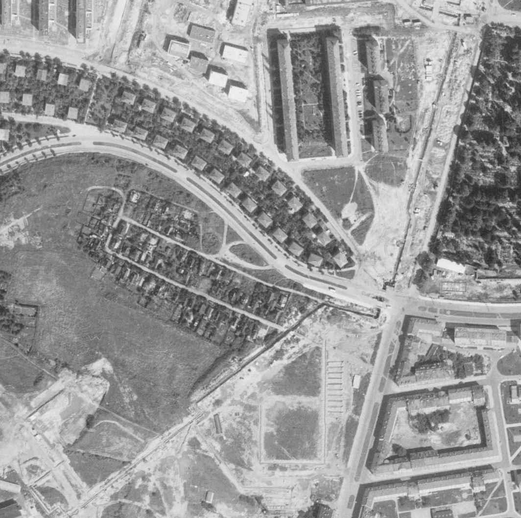 nouzova-kolonie-na-dlouhe-ceste-letecky-snimek-1966