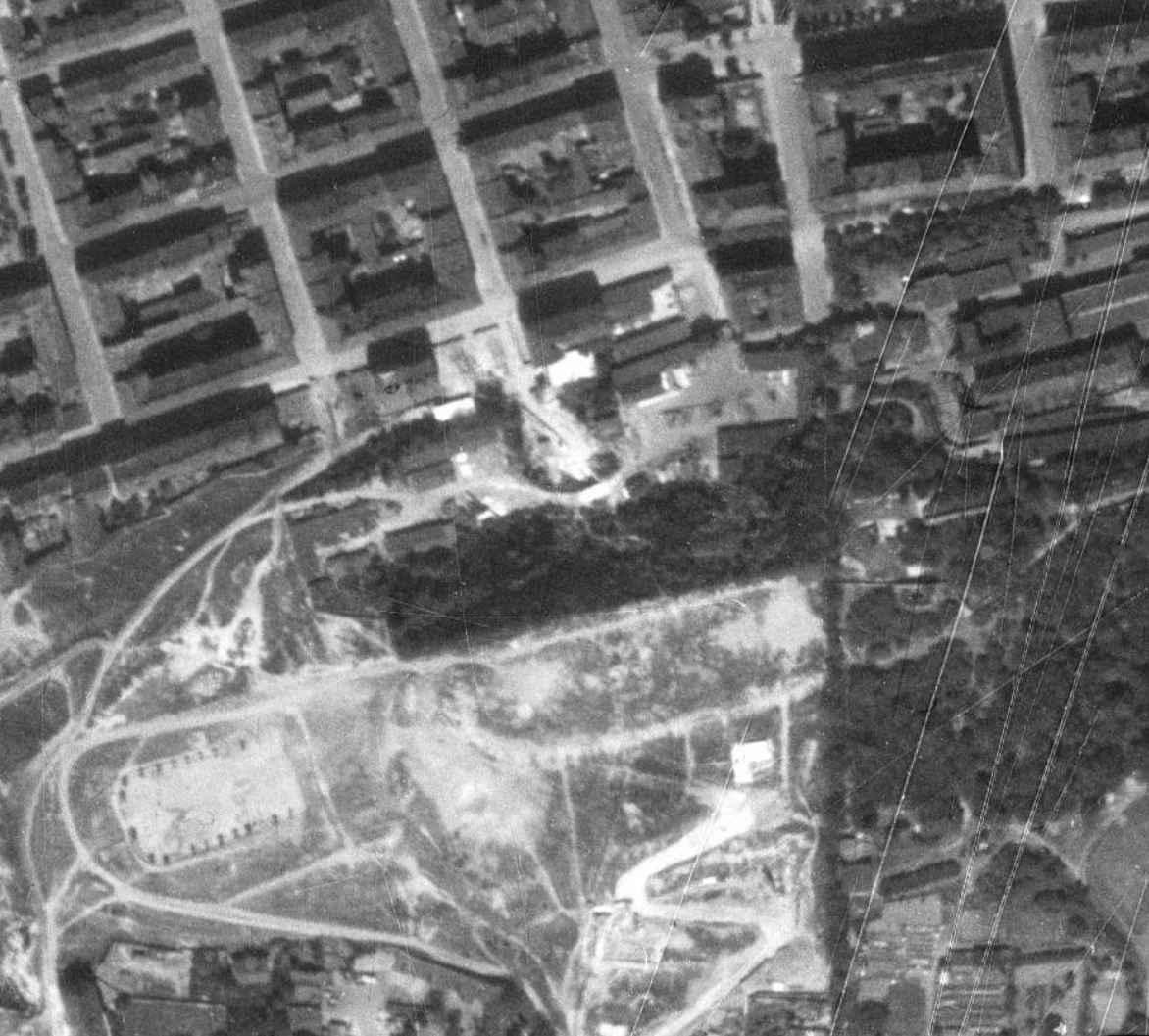 nouzova-kolonie-u-kapslovny-letecky-snimek-1953
