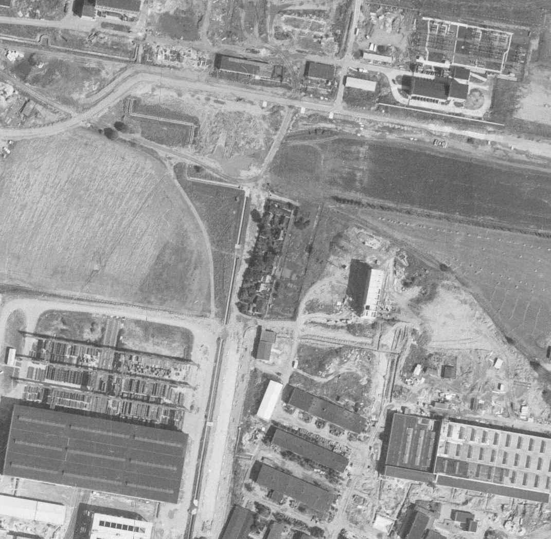 nouzova-kolonie-u-obecni-cihelny-letecky-snimek-1966