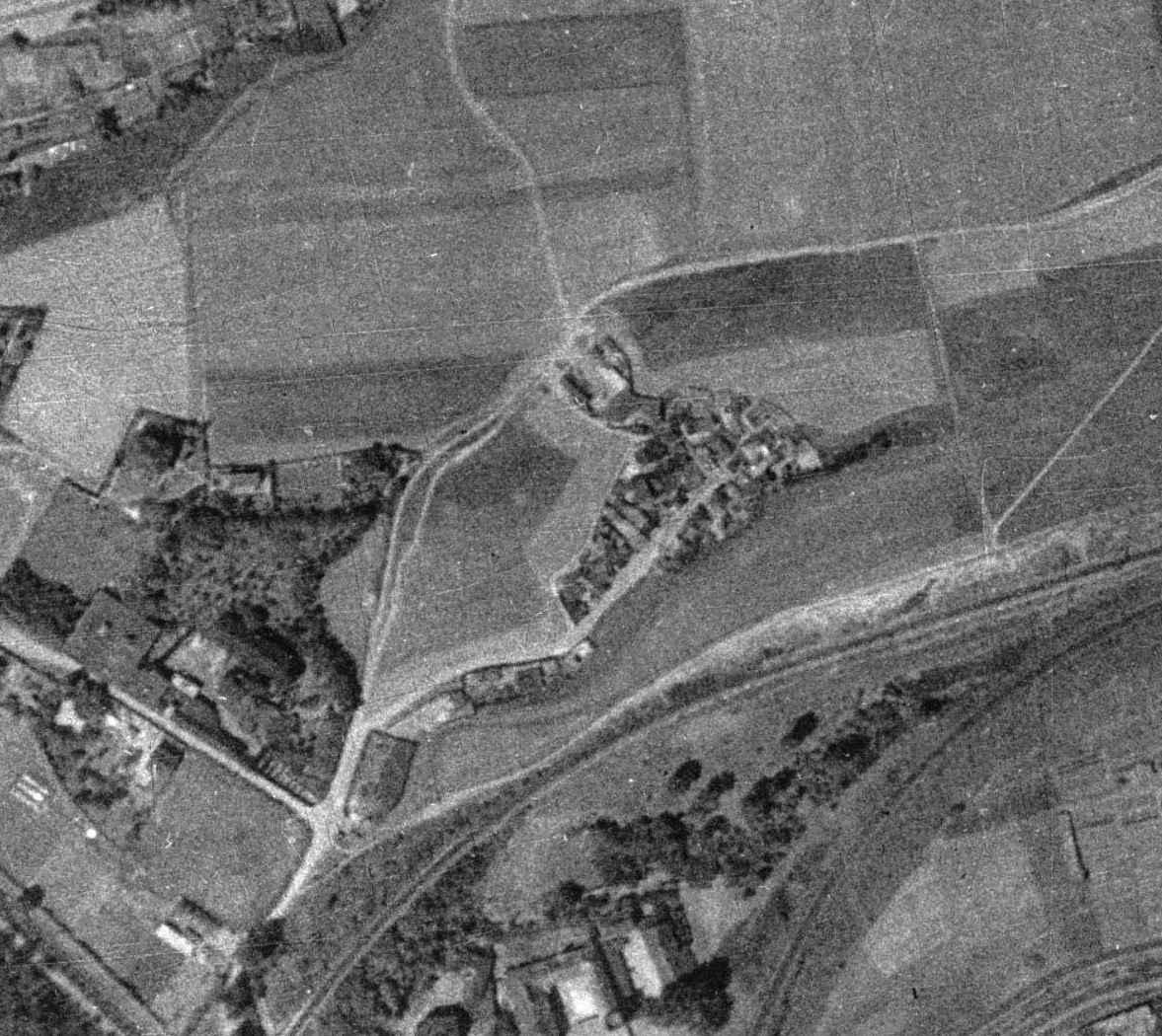 nouzova-kolonie-udoli-desu-letecky-snimek-1938