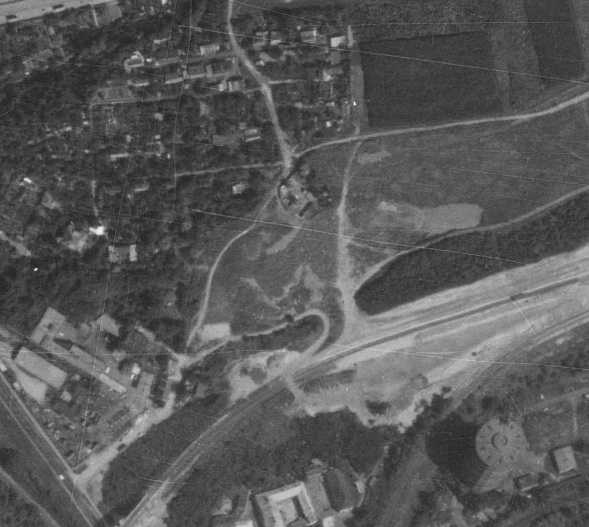 nouzova-kolonie-udoli-desu-letecky-snimek-1975