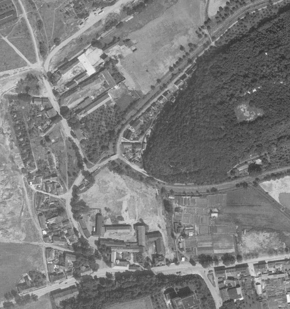 nouzova-kolonie-v-piskovne-letecky-snimek-1966