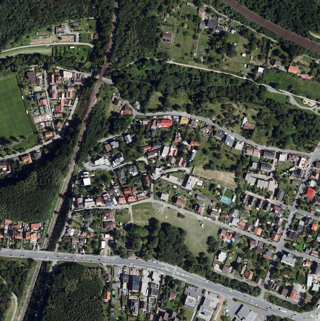 nouzova-kolonie-za-mostem-letecky-snimek-2020